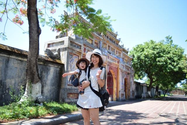 子供と一緒に楽しめる日本語ガイド付のツアーについて英語で聞いてみよう