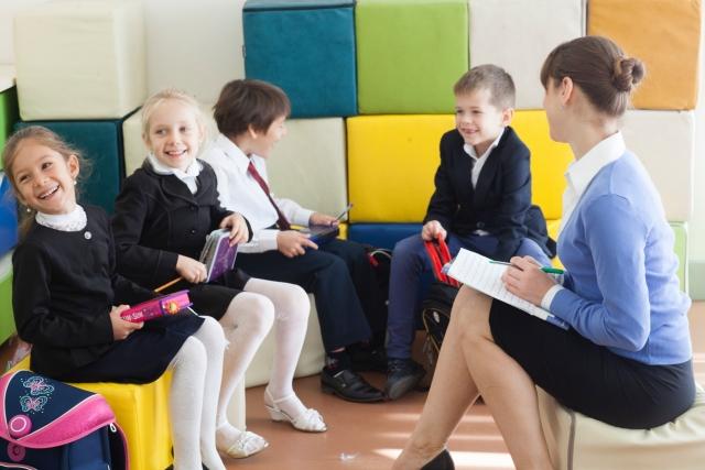 インターナショナルスクールへの連絡・電話で親が使える英語フレーズ
